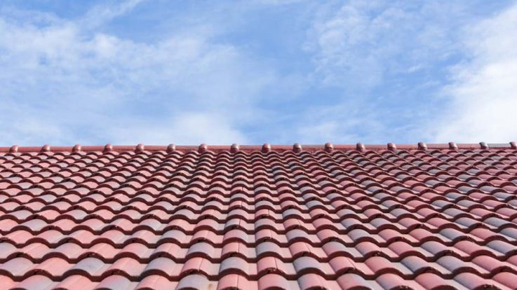 How the Summer Heat Affects Roof Shingles