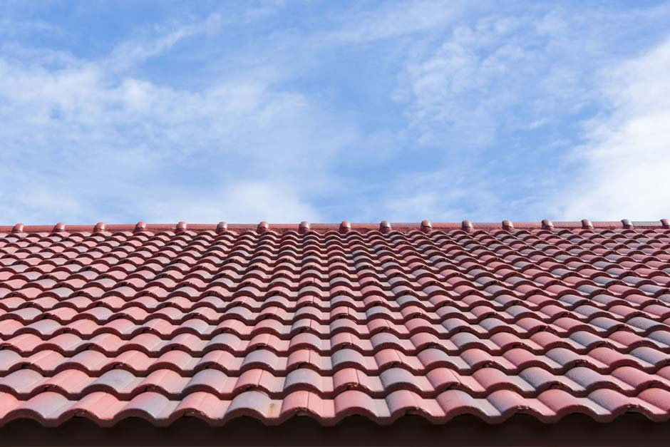 How The Summer Heat Affects Roof Shingles El Paso Roofing